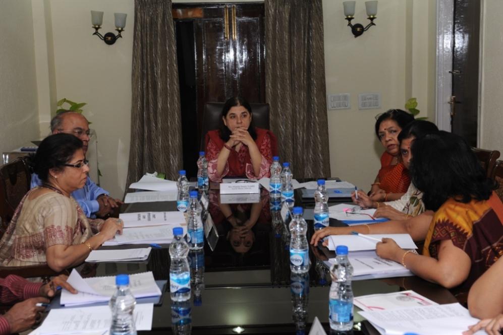 राष्ट्रीय महिला कोष के गवर्निंग बोर्ड और वार्षिक साधारण (आम) सभा की बैठक