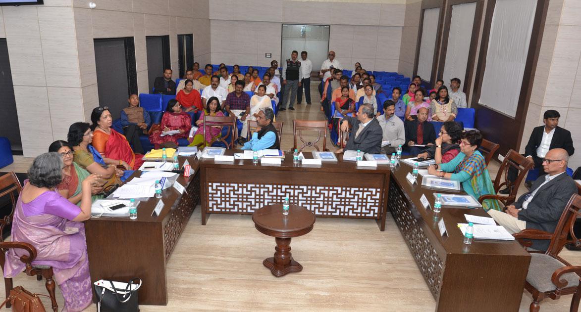 20 फरवरी, 2018 को आयोजित राष्ट्रीय महिला कोष की गवर्निंग बोर्ड की 59 वीं बैठक